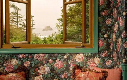 Window Seat in Parisian Room at Arch Cape Inn