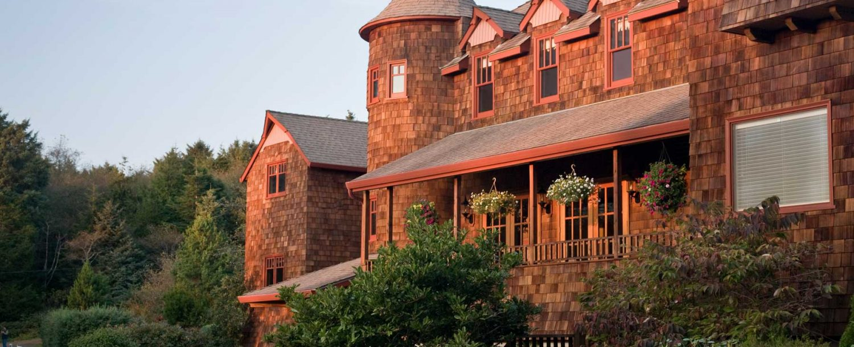 Arch Cape Inn at Sunset